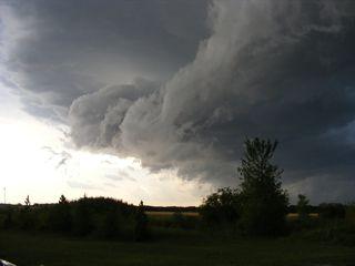 July thunderstorm 005_1