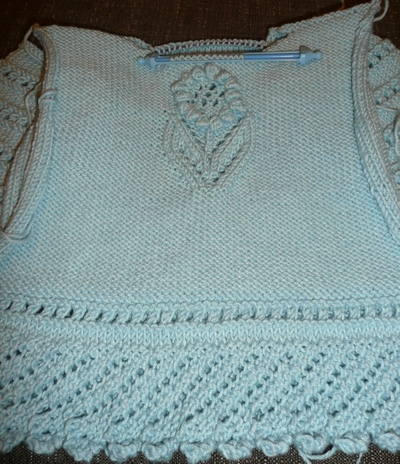 Lacy_sweater_detail