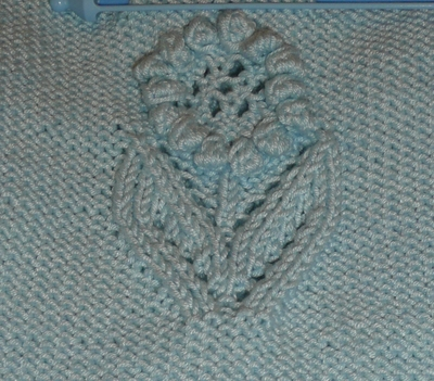 Lacy_sweater_flower